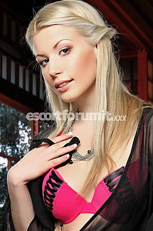 Karolina_VE Milano  escort girl